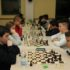 Giovani scacchisti in azione