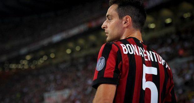 Bonaventura con la maglia del Milan