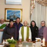 Parenti e amici a casa di don Luigi