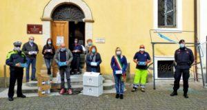 La consegna delle mascherine a Casa di riposo, forze dell'ordine, Croce rossa e Protezione civile