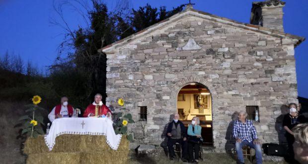 La messa all'aperto per il patrono Sant'Apollinare
