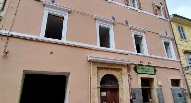 Il palazzo di via Garibaldi