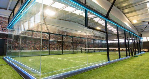 Un campo d paddle tennis