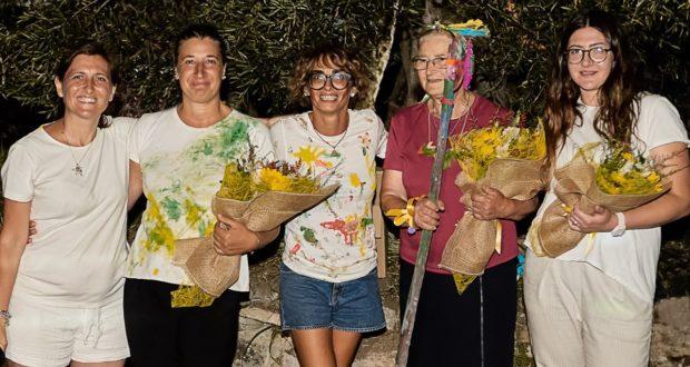 Nella foto di Luca Iencinella (Foto Studio Style) le responsabili del campo estivo assieme a Cinzia Anibaldi e alla mamma Maria
