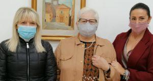 Il sindaco Rosa Piermattei con la signora Daniela e la figlia Cristina