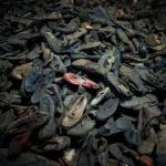 Le scarpe degli ebrei (Marino Sinibaldi)
