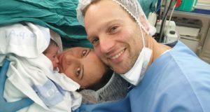 La piccola Eva con mamma Elisa e papà Manuel