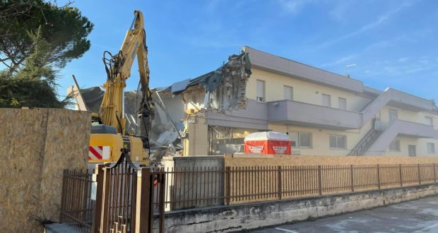 La demolizione