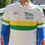 Andrea Pasquarella con la maglia di campione regionale Uisp