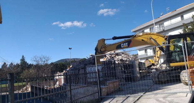 Il palazzo demolito