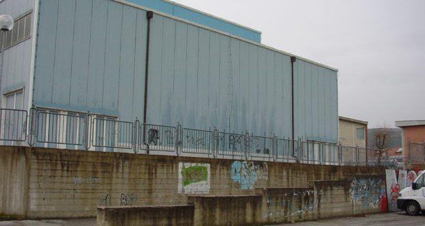 Palasport in attesa dei lavori di rifacimento dell'esterno