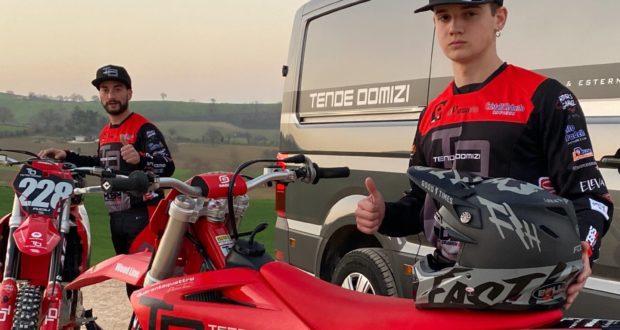 """Fucili e Domizi in pista con il """"Quarantaquattro racing Team"""""""