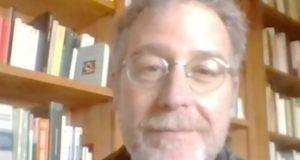 Lo scrittore Petruccioli