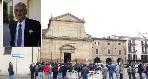 Lando Borri e un'immagine dei funerali a San Domenico