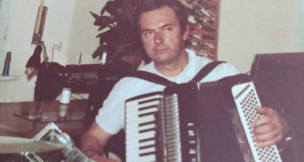 Orlando Paolini ai tempi in cui suonava la fisarmonica