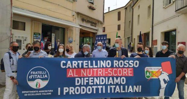 Il sit-in di Fratelli d'Italia