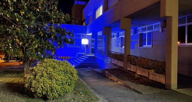 L'Hospice colorato di blu