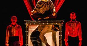 Malamat a cura del Circo El Grito