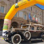 Auto storiche in piazza