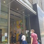 L'ingresso del Pokemon Center