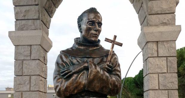 """Il busto bronzeo di """"San Pacifichittu"""""""