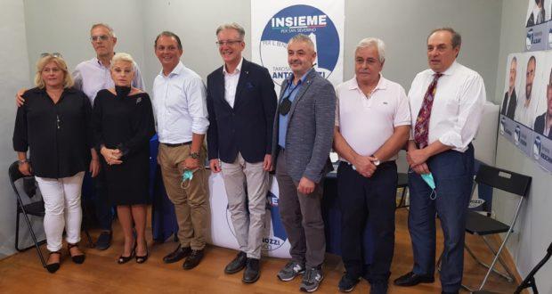 I partecipanti alla conferenza stampa